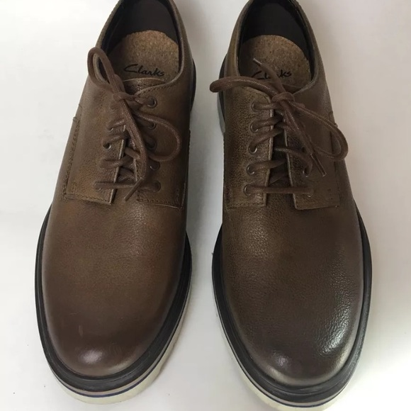 Clarks Other - Clarks TOR England Mens Dress Shoes Leather SZ 11 18647aac0
